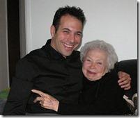 おばあちゃんと若者